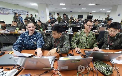 Hàn Quốc-Mỹ tập trận chung lần đầu trong năm, dù COVID-19  - ảnh 1