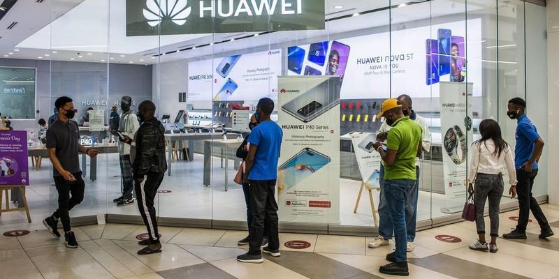 Mỹ thắt chặt hạn chế quyền tiếp cận công nghệ Mỹ của Huawei - ảnh 2