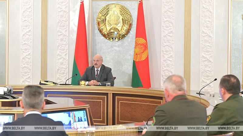 Ông Lukashenko: Phương Tây cứ lo chuyện nhà, đừng bàn Belarus - ảnh 1