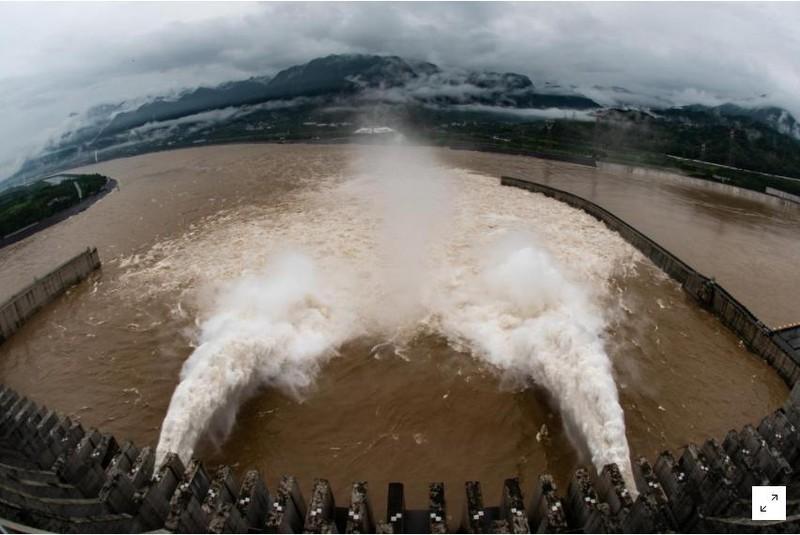 Nguy hiểm: Hồ chứa đập Tam Hiệp chưa đầy 10m nữa là tràn - ảnh 1