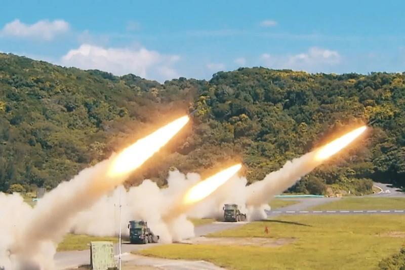 Đài Loan công bố video tập trận đối phó Trung Quốc - ảnh 1