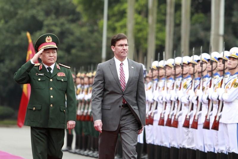 Ông Esper hé lộ sách lược của Mỹ đối phó quân đội Trung Quốc  - ảnh 1