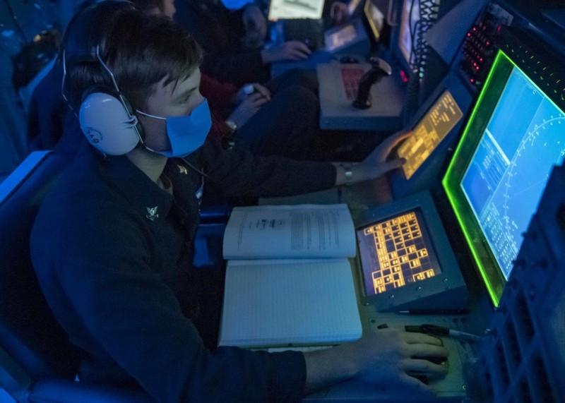 Ảnh: Mỹ điều tàu khu trục tuần tra Hoàng Sa đáp trả Trung Quốc - ảnh 2
