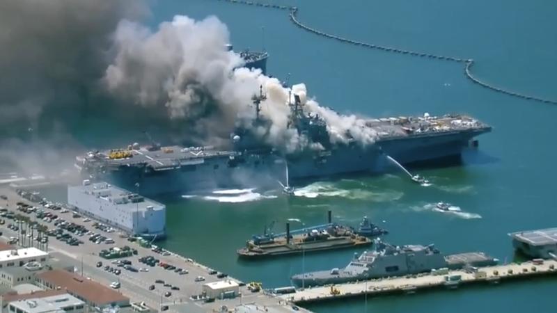 Một lính Mỹ bị nghi đốt tàu sân bay USS Bonhomme Richard  - ảnh 1