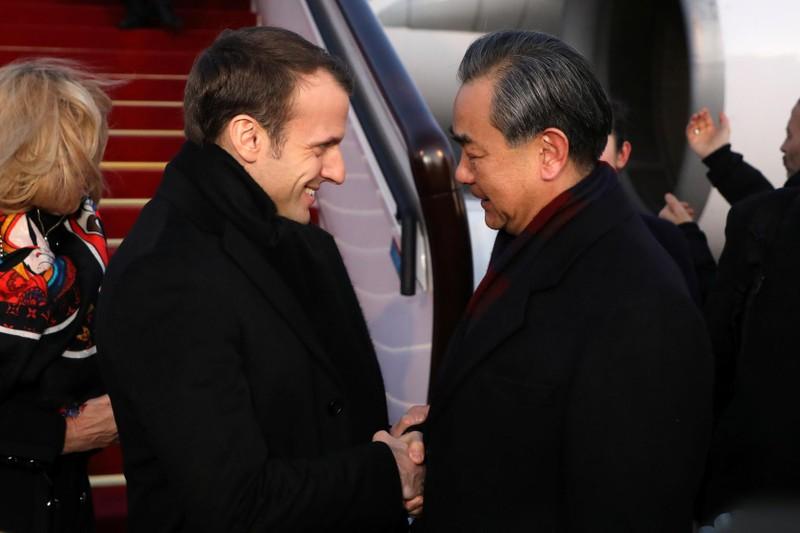 Trung Quốc kêu gọi EU cùng đoàn kết chống nước Mỹ 'cực đoan'  - ảnh 1