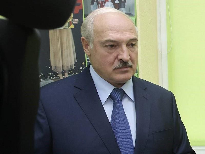 EU chia rẽ về việc trừng phạt ông Lukashenko - ảnh 1
