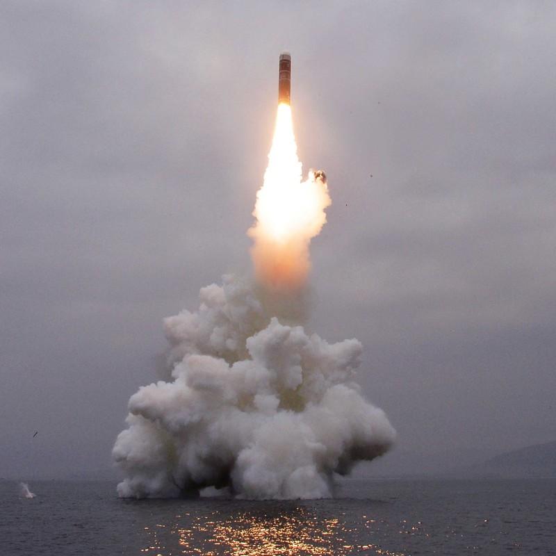 CSIS nghi Triều Tiên sắp thử tên lửa đạn đạo phóng từ tàu ngầm - ảnh 4
