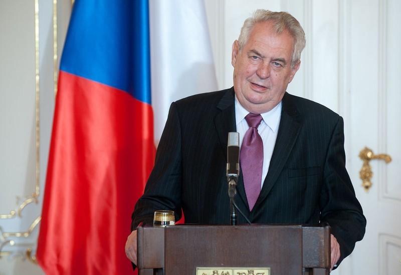 Tổng thống Czech lên tiếng xoa dịu Trung Quốc - ảnh 1