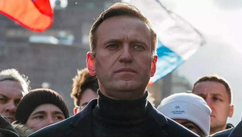 Nga: Văn phòng đồng minh của ông Navalny bị ném hóa chất - ảnh 1