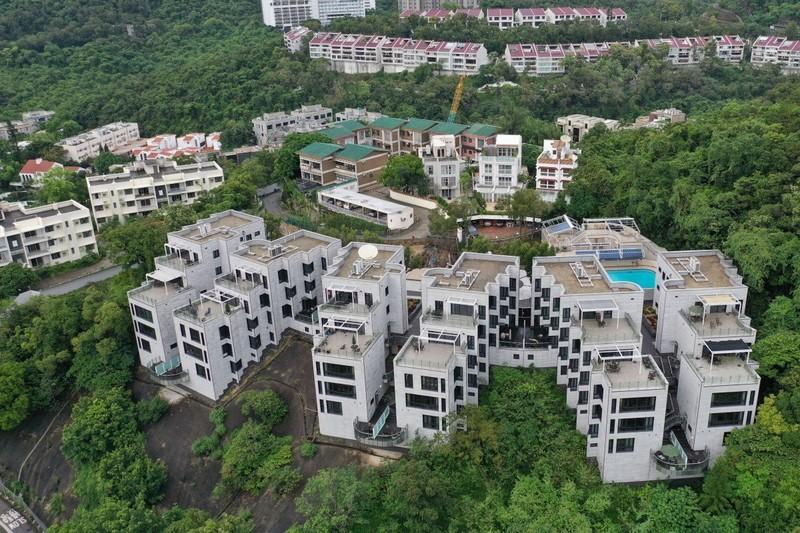 Mỹ bán đất ở Hong Kong, các 'trùm' bất động sản ngại mua - ảnh 1