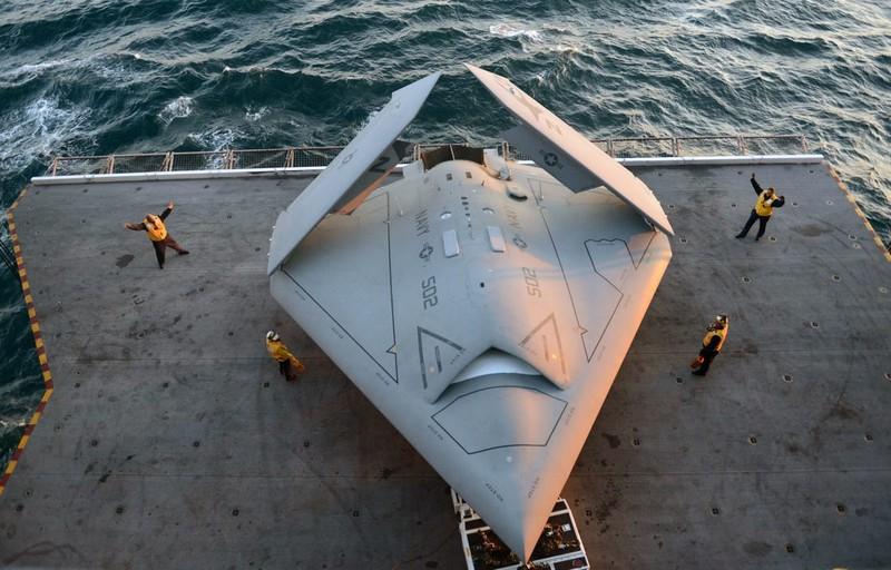 Mỹ lên kế hoạch điều 'đội quân không người lái' đến Biển Đông - ảnh 1