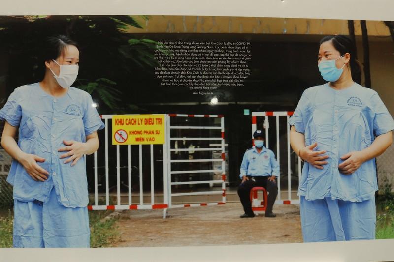 Tinh thần Việt chống dịch COVID-19 qua 400 ảnh của Nguyễn Á - ảnh 11