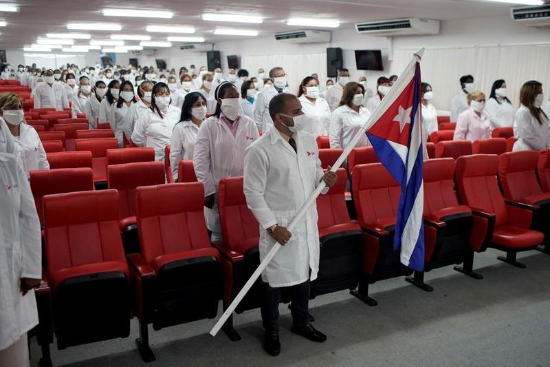 Reuters ca ngợi 'đội quân áo blouse trắng' tuyệt vời của Cuba - ảnh 3