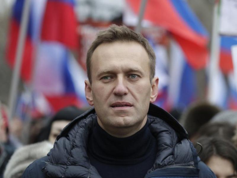 Tìm thấy chai nước có độc tại nơi ông Navalny từng ở  - ảnh 1
