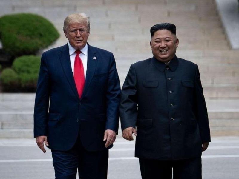Ông Kim 'chân thành hy vọng' ông Trump khỏi COVID-19 - ảnh 1