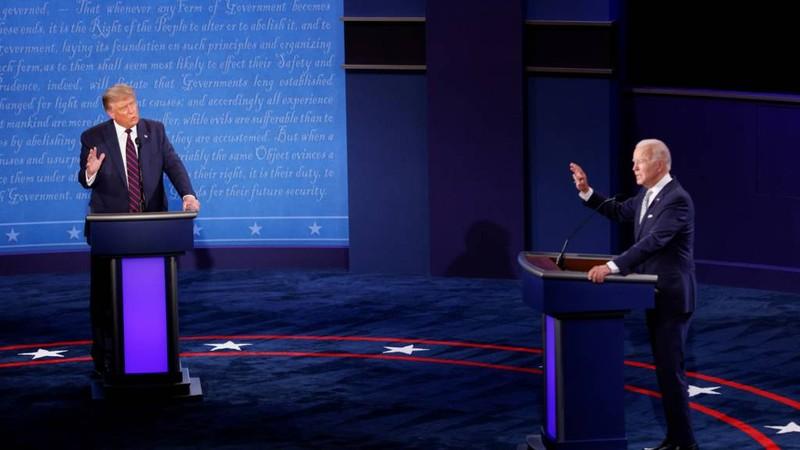 Ông Biden điều chỉnh chiến dịch sau khi ông Trump mắc COVID-19 - ảnh 1