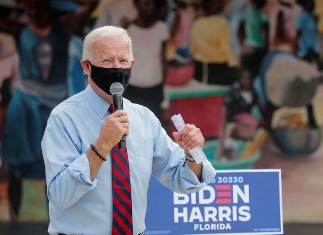 Ông Biden nói ông Trump xem thường COVID-19 dù còn bệnh - ảnh 1