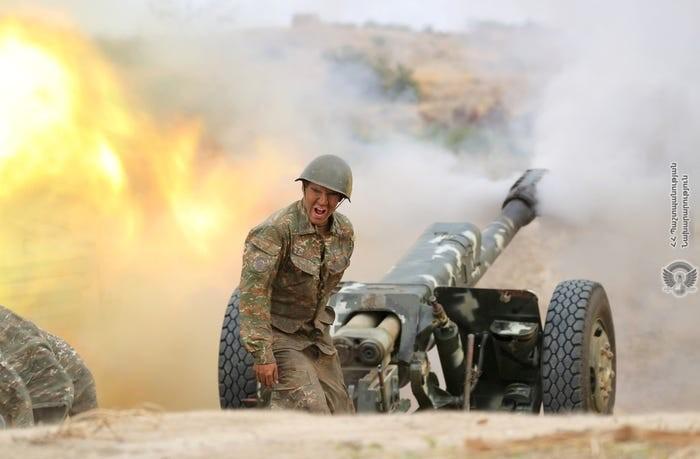 Nga kêu gọi ngừng bắn 'ngay lập tức' ở Nagorno-Karabakh  - ảnh 1