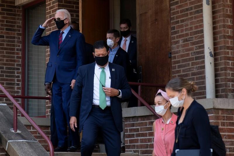 Ông Biden vẫn có nguy cơ nhiễm COVID-19 từ cuộc tranh cử - ảnh 1
