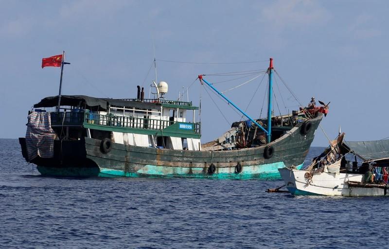 6 tàu cá Trung Quốc bị Malaysia bắt cách bờ chỉ hơn 2 hải lý - ảnh 1