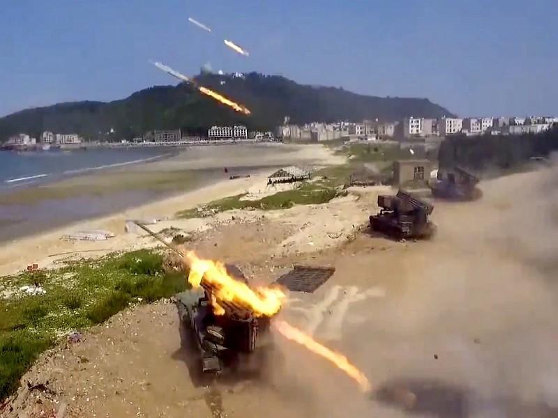 Trung Quốc tập trận chiếm đảo ở bán đảo đối diện Đài Loan  - ảnh 1