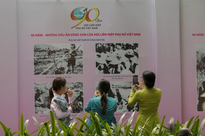200 bức ảnh kỷ niệm '90 năm - Những dấu ấn vàng son' - ảnh 4