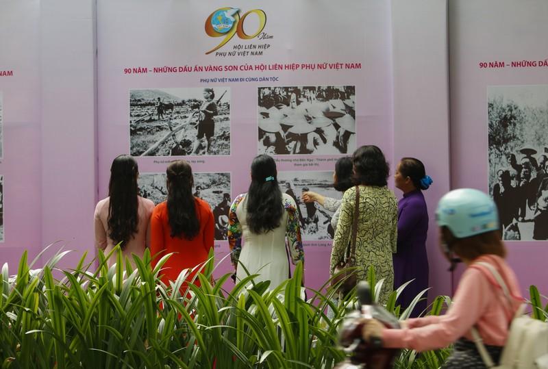 200 bức ảnh kỷ niệm '90 năm - Những dấu ấn vàng son' - ảnh 5