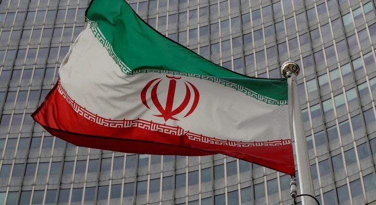 Mỹ phạt công ty Trung Quốc giao dịch với Iran, Nga chỉ trích - ảnh 3