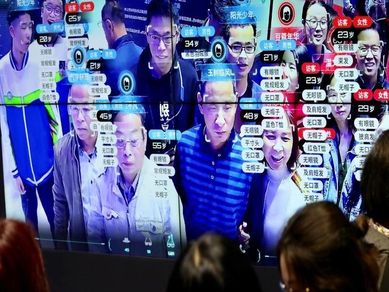 Trung Quốc muốn siết chặt quyền chuyển dữ liệu cá nhân - ảnh 1