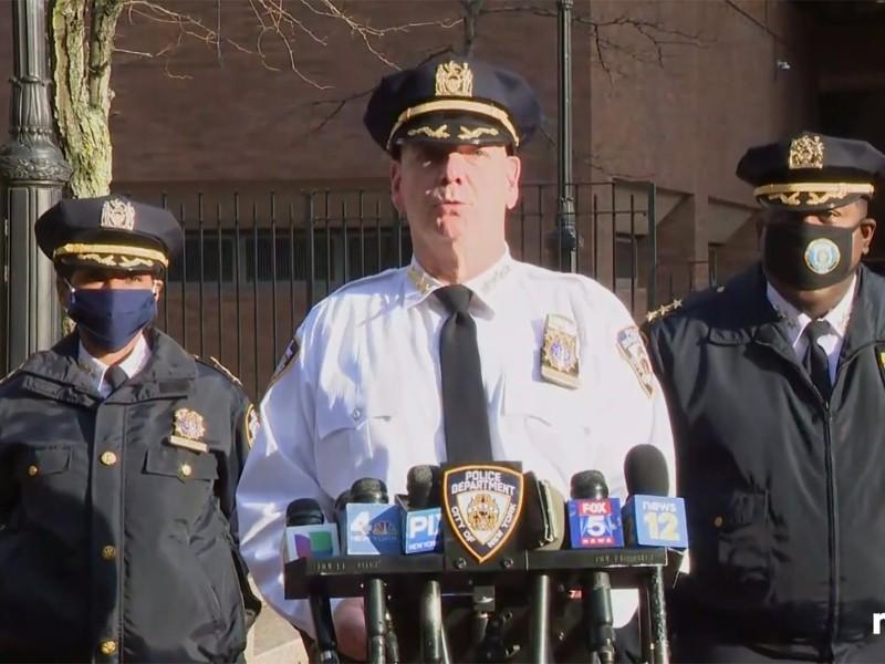TP New York sẽ điều hàng ngàn cảnh sát tuần tra chống bạo động - ảnh 1