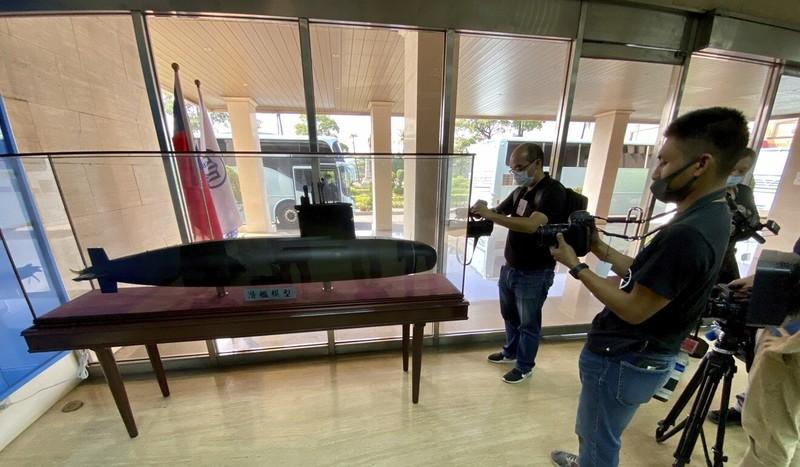 Đài Loan xây dựng hạm đội tàu ngầm để tự vệ trước Trung Quốc - ảnh 1