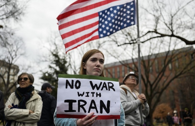 Bỏ lệnh cấm Hồi giáo, ông Biden chìa 'nhành ô liu' với Iran - ảnh 2