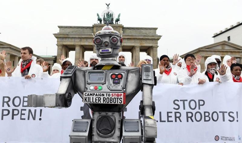 Mỹ xem xét phát triển vũ khí trí tuệ nhân tạo - ảnh 1