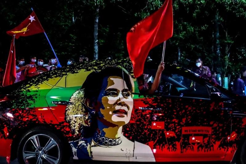 Mỹ chặn hỗ trợ chính phủ Myanmar vì chính biến - ảnh 1