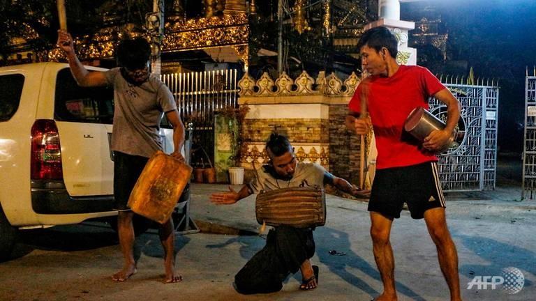 Chính biến Myanmar: Dân phản đối, bác sĩ đòi đình công  - ảnh 1