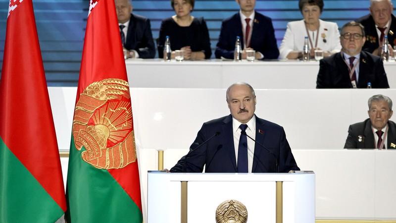 Ông Lukashenko nói chỉ từ chức khi không còn biểu tình - ảnh 1