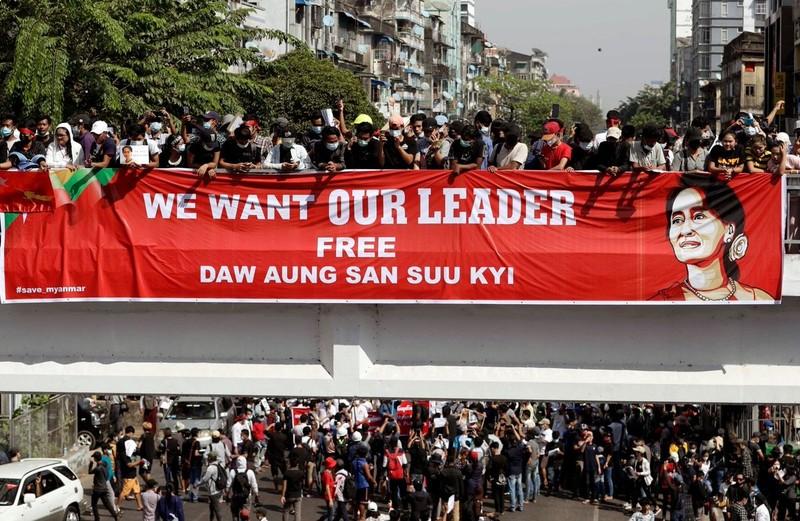 Người biểu tình Myanmar dễ bị bắt hơn vì lệnh mới của quân đội - ảnh 1