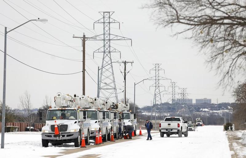 Texas: Hàng triệu gia đình vẫn oằn mình chịu lạnh vì mất điện  - ảnh 4