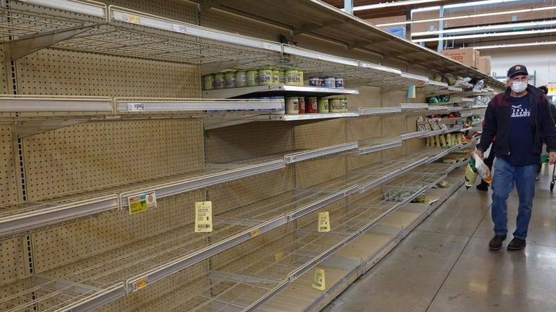 Texas: Các cửa hàng thực phẩm cạn kiệt trong trận rét kỷ lục - ảnh 1