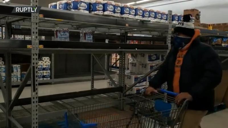 Texas: Các cửa hàng thực phẩm cạn kiệt trong trận rét kỷ lục - ảnh 2