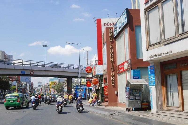 Ảnh: 2 dự án 300 tỉ giúp gỡ rối kẹt xe cửa ngõ Tân Sơn Nhất - ảnh 6