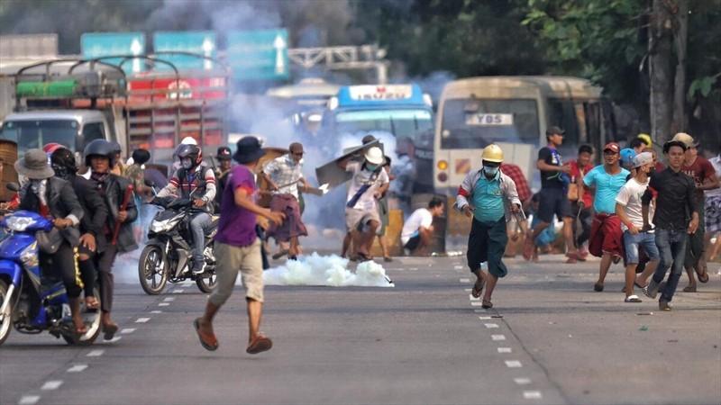 Myanmar: Thêm 18 người biểu tình bị bắn chết trong một ngày - ảnh 1