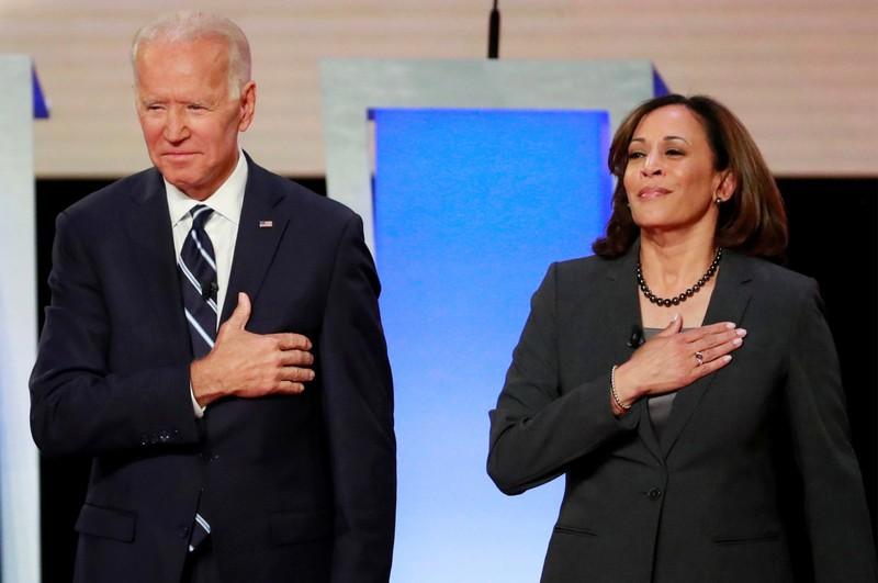 Ông Biden, bà Harris nỗ lực xoa dịu người Mỹ gốc Á - ảnh 1