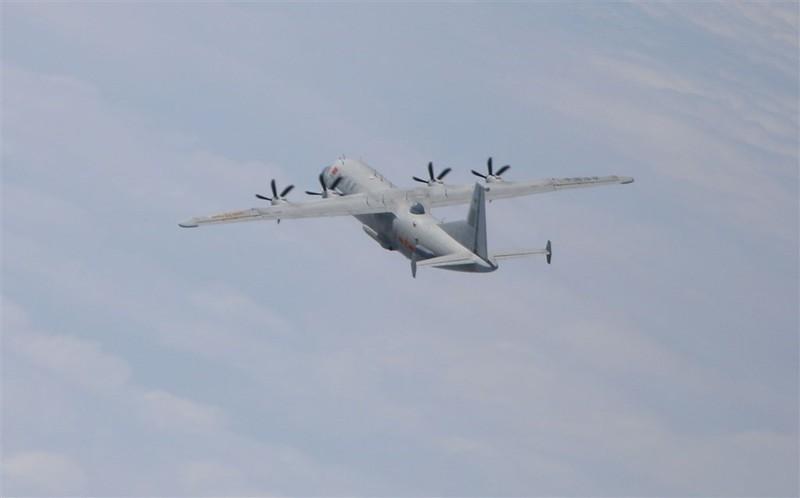 10 máy bay quân sự Bắc Kinh tiến vào không phận Đài Loan - ảnh 1