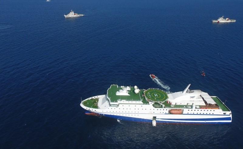 Biển Đông: TQ biến tàu tiếp tế thành trạm giám sát di động? - ảnh 1