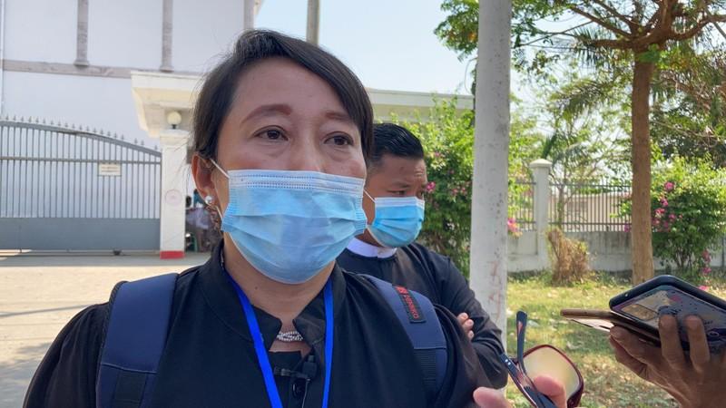 Bà Suu Kyi yêu cầu tòa án Myanmar cho gặp luật sư - ảnh 1