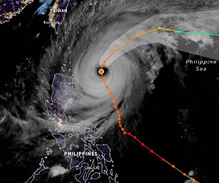 Philippines thiệt hại hơn trăm tỉ đồng do siêu bão Surigae - ảnh 1