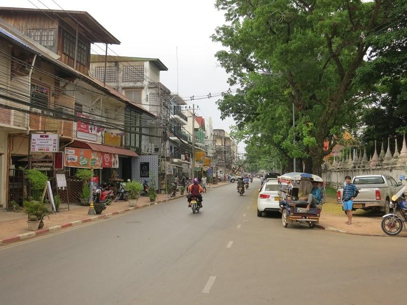 Số ca nhiễm tăng gấp rưỡi, Lào phong tỏa thủ đô Vientiane - ảnh 1