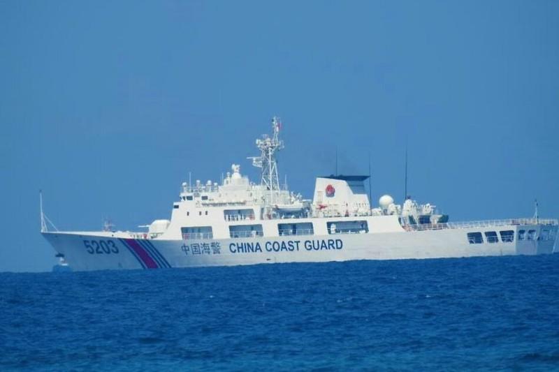 Philippines chỉ trích động thái của hải cảnh TQ tại Biển Đông - ảnh 1