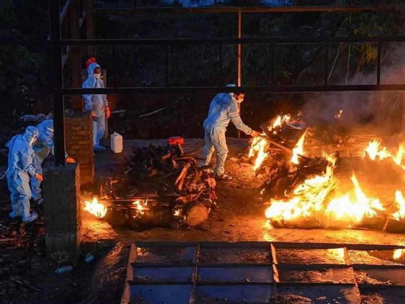 Nhiễm, chết tuần qua ở Ấn Độ chiếm 46% và 25% toàn cầu  - ảnh 1